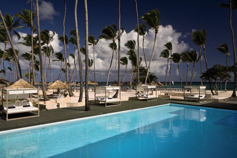 Melia Caribe Beach Resort Pool