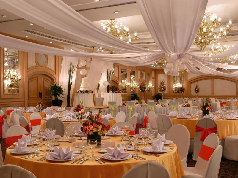 The Heritage Hotel Manila Restaurant