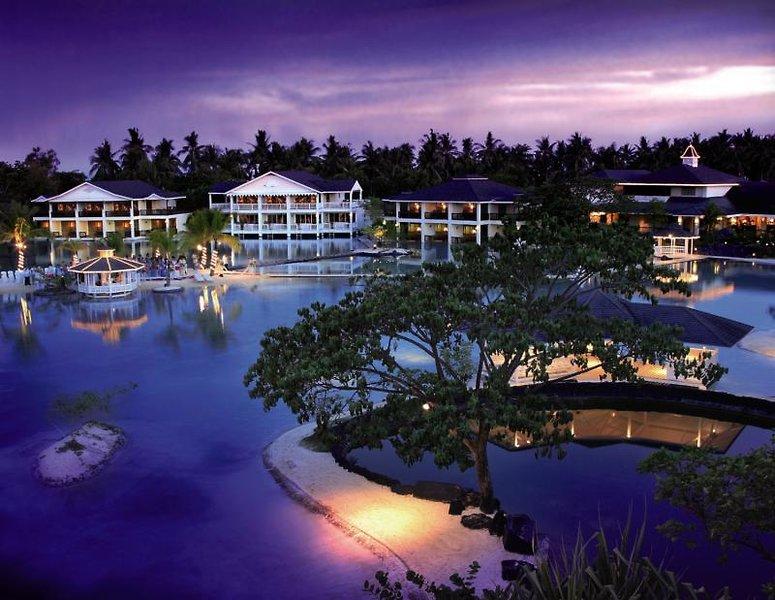 Plantation Bay Resort & Spa Pool