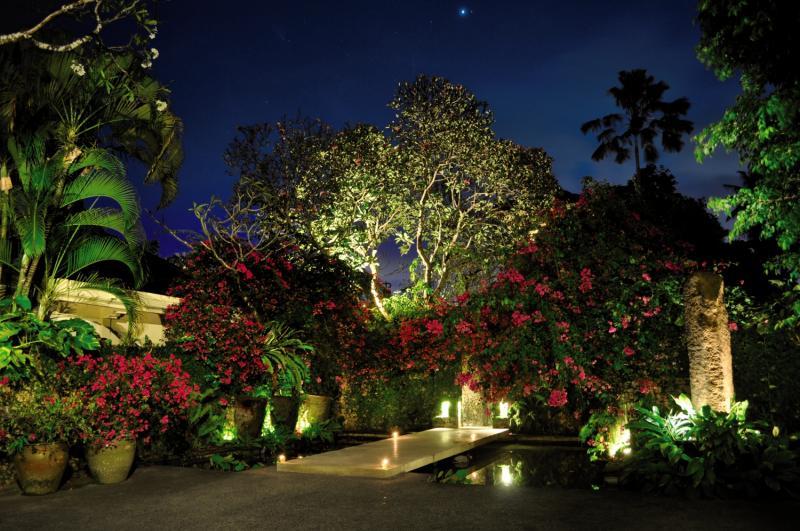 The Pavilions Garten