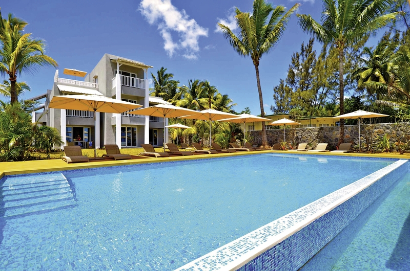 Mont Choisy Beach Resort Pool