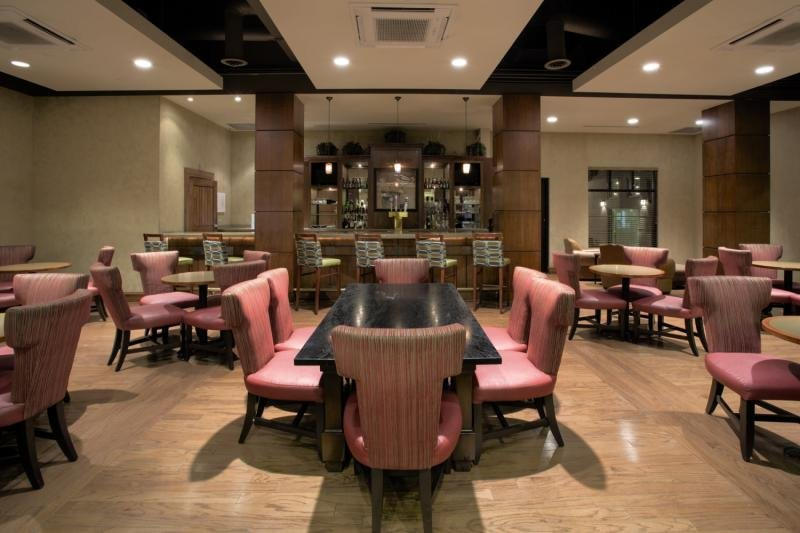 Holiday Inn Denver-Cherry Creek Bar