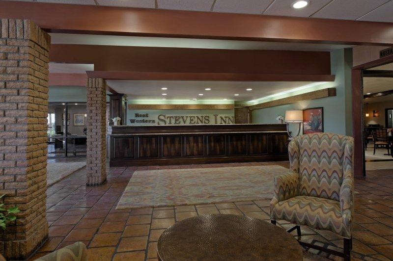 Stevens Inn Lounge/Empfang