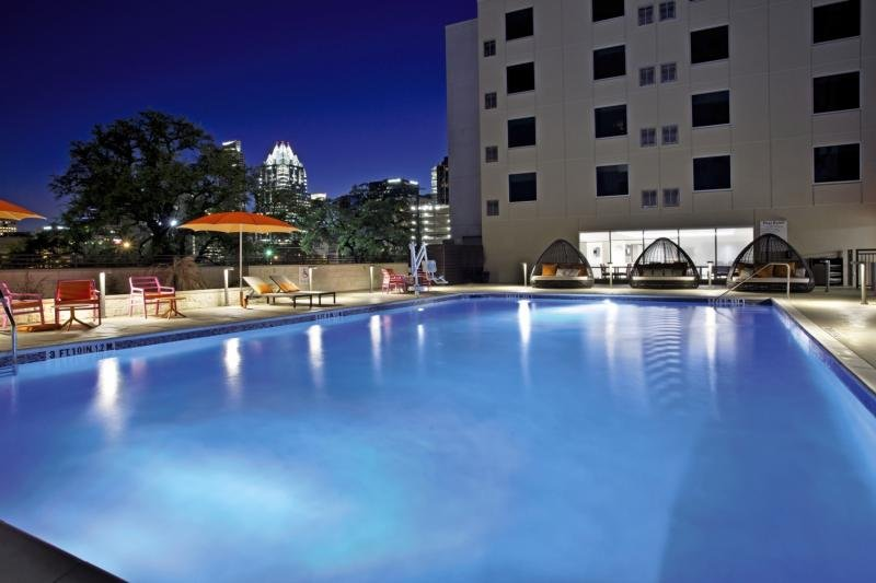 Holiday Inn Express & Suites Austin Downtown - University Pool