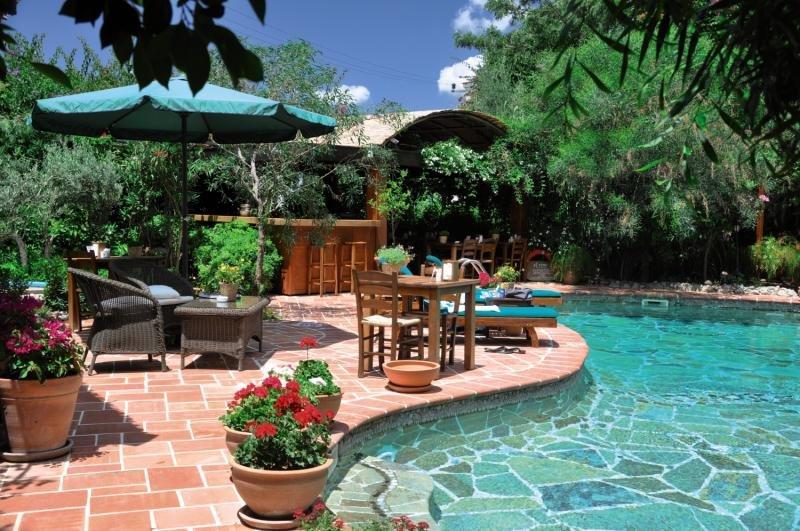 El Vino Hotel & Suites Pool