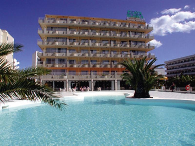 Playa Blanca & Annex Pool
