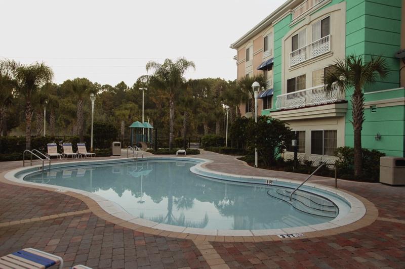 Best Western Plus Lake Buena South  Pool