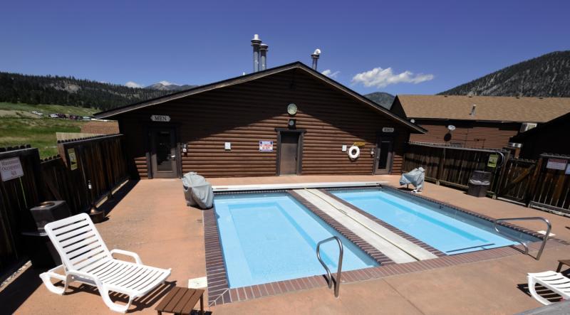Buck´s T-4 Lodge Pool