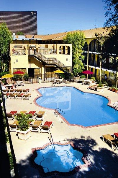Mardi Gras Hotel & Casino Pool