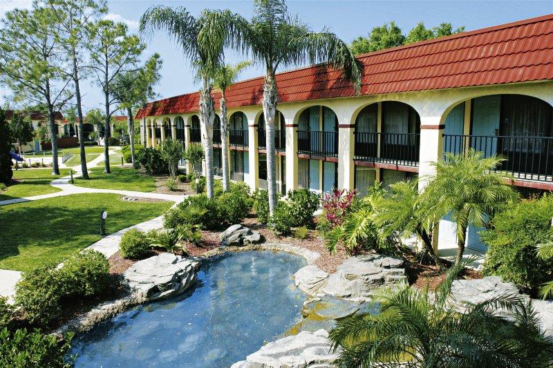 Maingate Lakeside Resort Außenaufnahme
