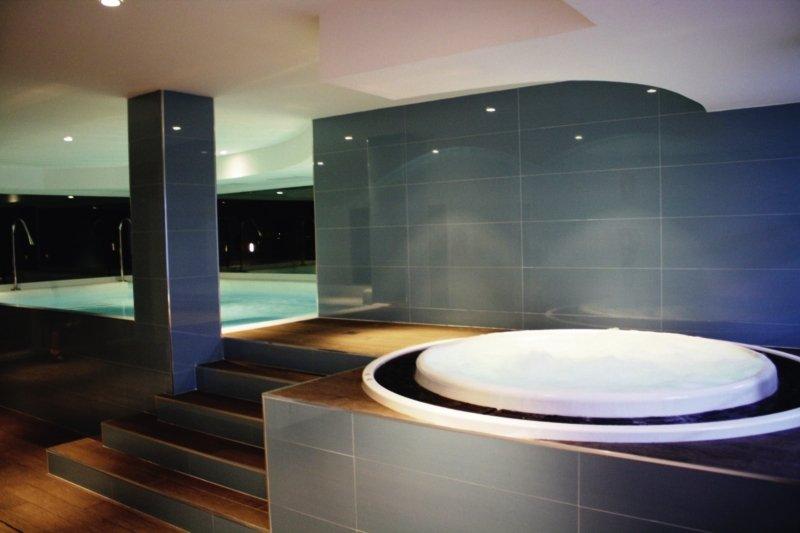 Nerja Club & Spa Hallenbad