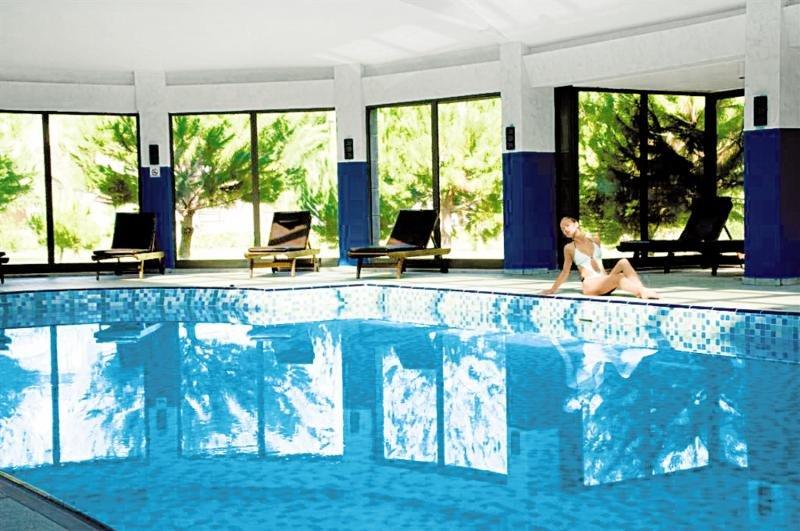 lti Serra Resort Hallenbad