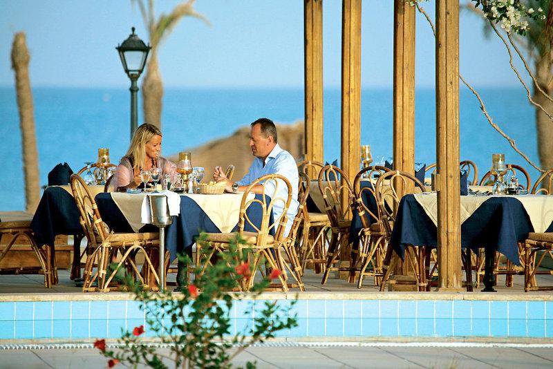 Lahami Bay Beach Resort Pool