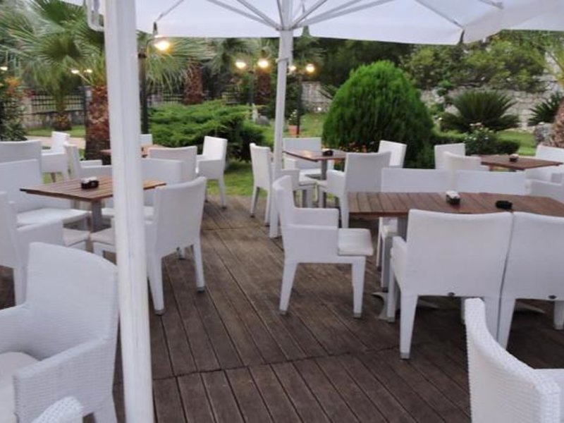 Rapos Resort Hotel Terrasse