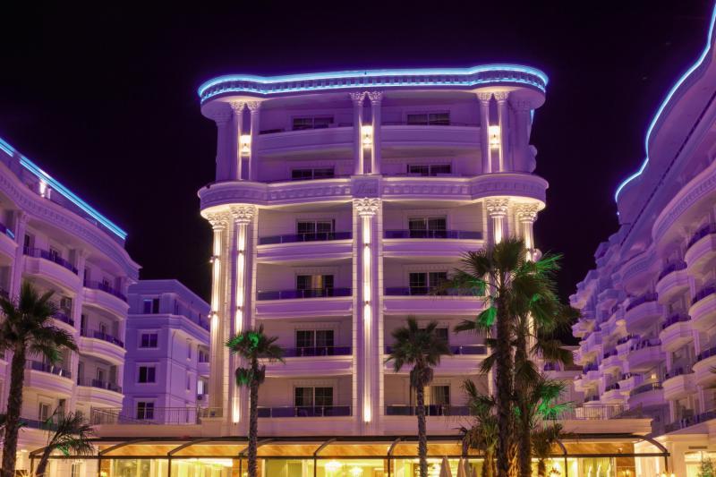 Hotel Grand Blue Fafa Modellaufnahme