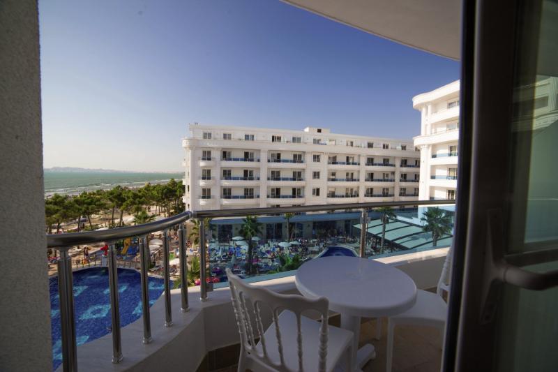 Hotel Grand Blue Fafa Terrasse