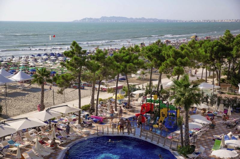 Hotel Grand Blue Fafa Pool