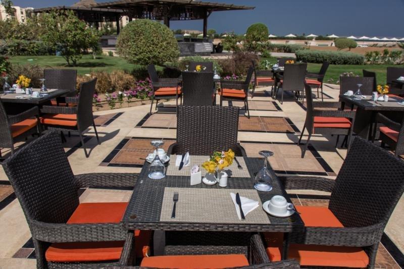 Samra Bay Hotel & Resort Terrasse